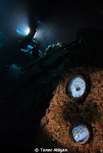 Monem wreck in Cesme/Turkey by Taner Atilgan 